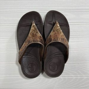 FitFlop toe-post brown sandals with glitter top